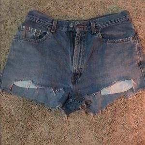 Vintage Levi's Jean Shorts Medium Wash